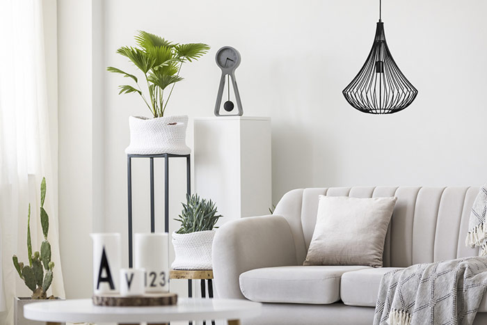 Meble w stylu skandynawskim lampa wisząca czarna