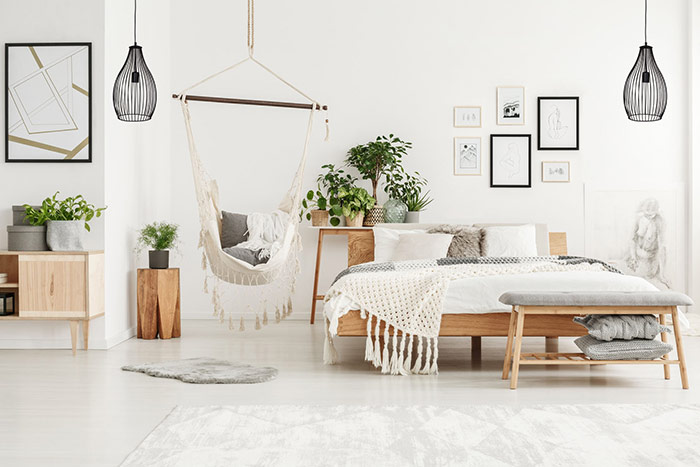 Lampy wisząca w sypialni styl skandynawski