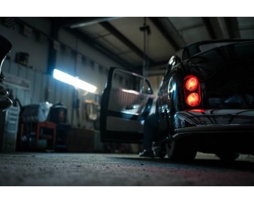• Praktyczne oświetlenie garażu, jakich lamp nie może zabraknąć?